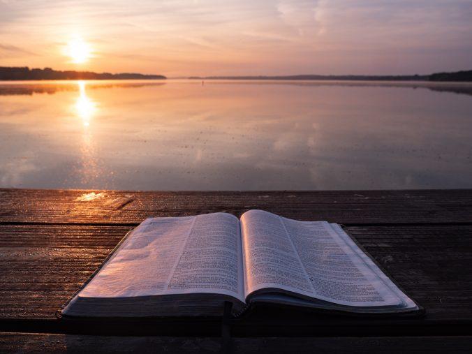 bible molo jezero